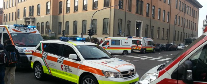 """Piacenza, scuola evacuata: """"bruciore a occhi e gola"""" per 10 persone. Ma nessuna traccia di gas"""