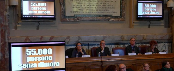 """Emergenza casa, Istat: """"Senza dimora in tre anni da 47mila a 50.700. E il 41% lo è da più di 2 anni"""""""