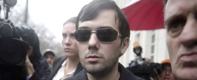 Usa, arrestato finanziere Martin Shkreli. Speculò su farmaco salvavita, ora è accusato di frode