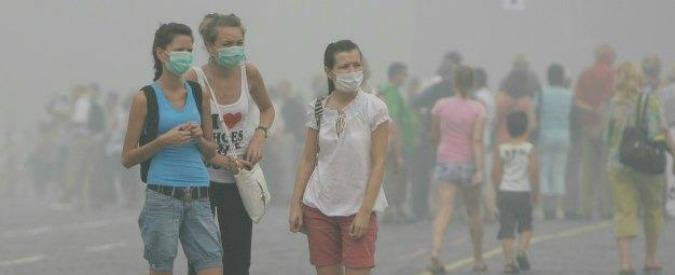 Smog, a Milano blocco del traffico dal 28 al 30 dicembre: stop dalle 10 alle 16