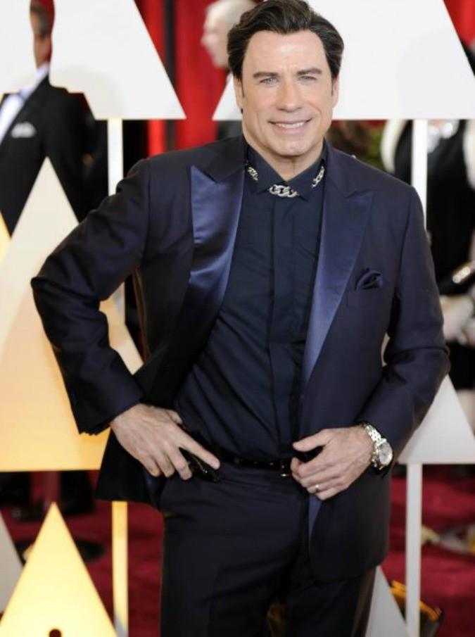 John Travolta si mostra senza il parrucchino: ecco il suo nuovo look