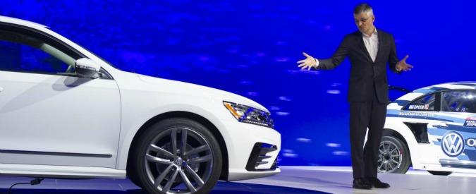 Volkswagen, a novembre negli Usa crollo delle vendite. S&P taglia il rating
