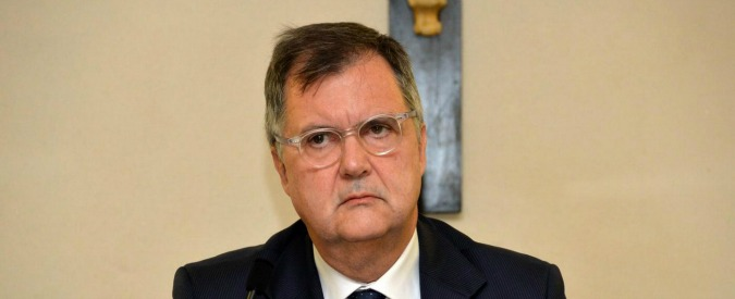 Salva banche, dal governo dopo il danno la beffa: arbitro sui risarcimenti la Consob che non ha vigilato sui bond rischiosi