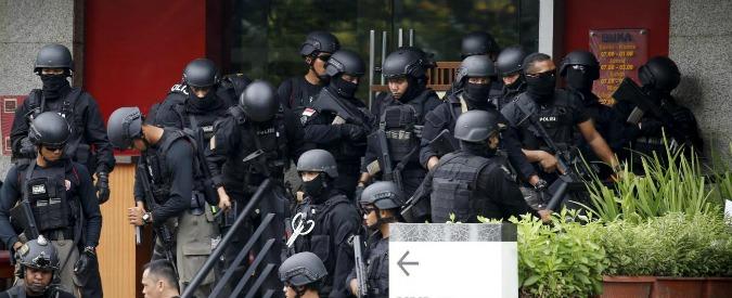 Attentati Giacarta, la galassia jihadista in Indonesia: Al Qaeda perde forza, prende consistenza lo Stato Islamico