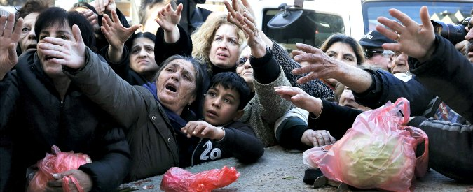Migranti, Turchia detta le regole all'Ue: 'Ne riprenderemo migliaia, non milioni'. Austria: 'Rotta Balcani chiusa per sempre'
