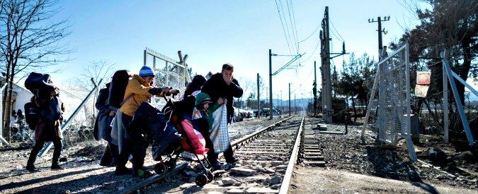 """Migranti, chiusa la rotta dei Balcani. Rischio deviazione dei flussi. Emiliano: """"In Puglia possibili 150mila arrivi"""""""