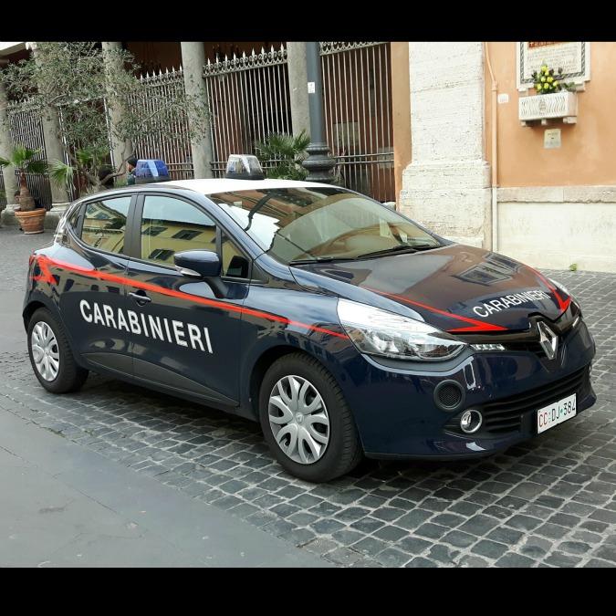 Renault, la Clio 'si arruola' nei Carabinieri: 746 esemplari entro fine 2016