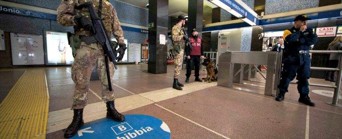 Terrorismo, busta sospetta: chiusa fermata della metro B a Roma Termini. Ma è un falso allarme.