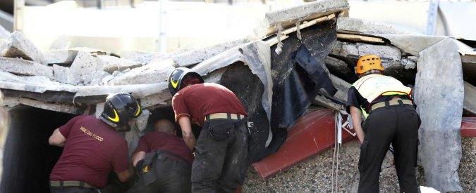 Sisma Emilia, nessun colpevole per il crollo Haemotronic: morirono 4 operai