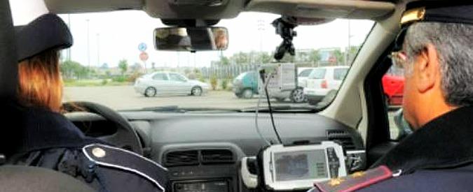 Sosta selvaggia, sì del Ministero a multe 'a strascico' con telecamere Street Control