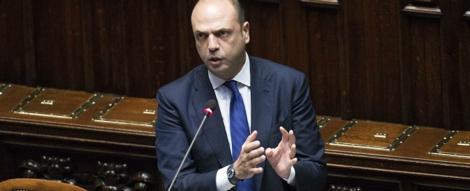 Enna, il ministro Alfano indagato per abuso d'ufficio con il suo vice Bubbico