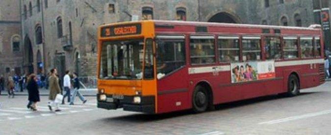 """Autobus Emilia, azienda annuncia controllo autisti via satellite. Sindacati: """"Clima da Grande Fratello"""""""