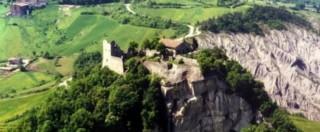 """Castello Canossa rischia chiusura per tagli. """"E nessuno pensa a pericolo erosione"""""""