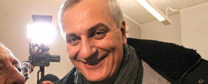 Camorra, l'eurodeputato Pd Nicola Caputo indagato per voto di scambio. Tra feste, voti e clan