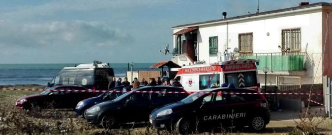 Duplice omicidio nel Napoletano: uccide moglie e figlia di 4 anni con ascia. Poi si suicida