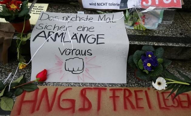 Conferenza stampa polizia Colonia dopo aggressioni capodanno