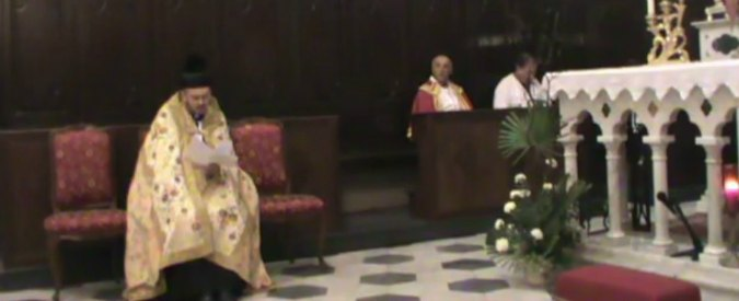 Savona, prete anti-migranti si rifiuta di benedire una defunta marocchina