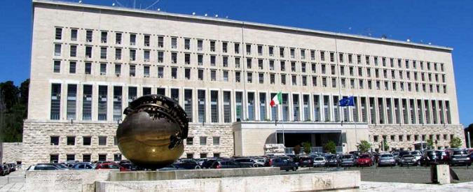 Tunisia, ambasciata italiana nella polvere. Lavori infiniti: zero sicurezza e visti facili