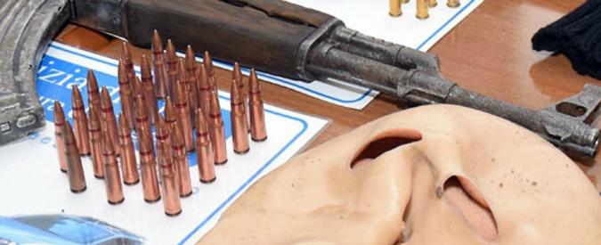 """Foggia, i clan volevano uccidere un ispettore capo di polizia: """"Io a quel cornuto lo devo sparare"""". Otto fermi"""
