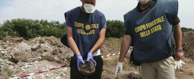 Traffico illecito di rifiuti, sequestrata cava di ghiaia in provincia di Parma