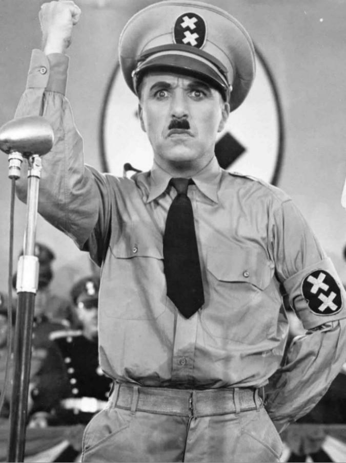 Il Grande Dittatore, torna in sala il capolavoro pacifista di Charlie Chaplin