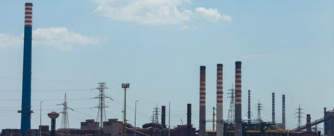 Ilva, 'l'immunità penale' a chi inquina e i tarantini inascoltati