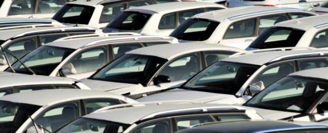 Mercato auto, in Italia sfiorati i due milioni di immatricolazioni nel 2017