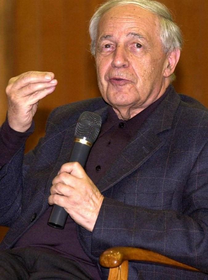 Pierre Boulez morto: scomparso a 90 anni il direttore d'orchestra e compositore. Ha reinterpretato Wagner, Debussy e Stravinsky