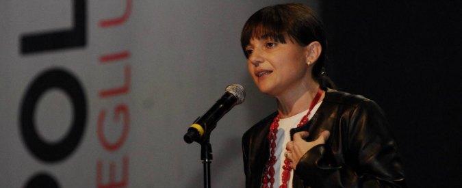 Serracchiani annuncia commossa che non si candida più in Regione e punta su Roma. Primarie in solitaria per il vice