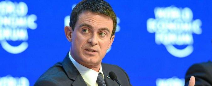 """Terrorismo, Valls prova il compromesso su """"decadenza nazionalità"""": non si creeranno apolidi"""