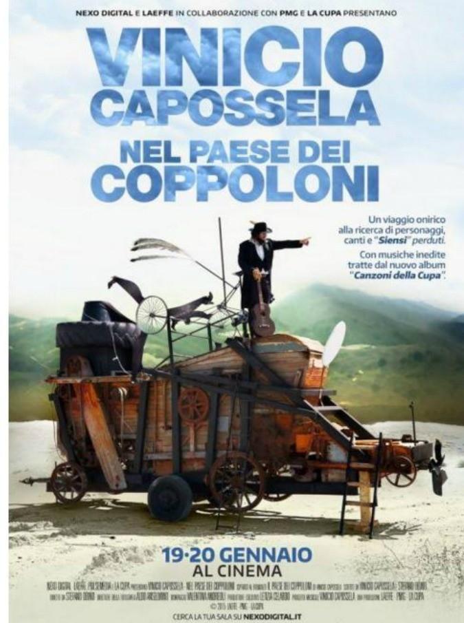 """Vinicio Capossela, """"Nel paese dei coppoloni"""" arriva al cinema: come perdersi dentro le rughe e le cicatrici degli anziani di provincia"""