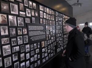 """Auschwitz, """"Giorno della Memoria"""" per le vittime della Shoah"""