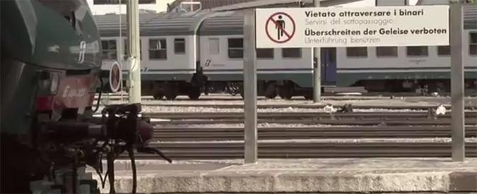 """Migranti, esodo invertito al Brennero. Polizia: """"Vienna ci manda i profughi illegalmente"""""""