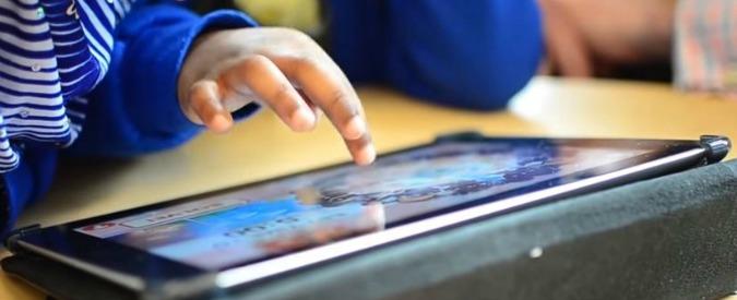 """Pc e cellulari, dipendenti già da bambini. Primo corso di supporto per i genitori: """"Comportamenti a rischio già a 2 anni"""""""