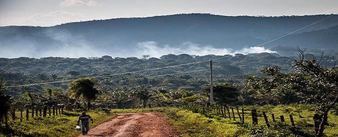 Presadiretta: Bolivia produce soltanto lo 0,04% delle emissioni di gas mondiali ma il suo ecosistema è a rischio