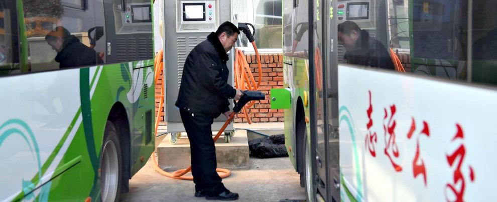 Cina, la grande truffa delle elettriche. Taroccate anche le auto a batteria