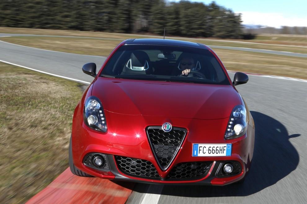 La festa social di Alfa Romeo Giulietta