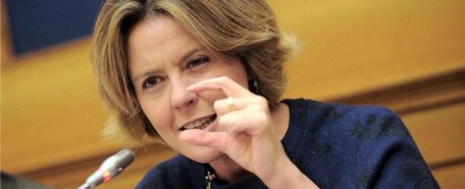 Avastin-Lucentis, io non mollo e continuo a chiedere: ministra Lorenzin, a che punto è?