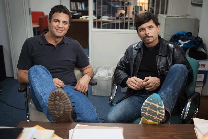 Mark Ruffalo con il giornalista Michael Rezendes