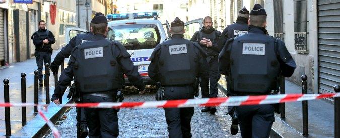 Parigi, moto esplode fuori dalla sede diplomatica giordana. Nessun ferito