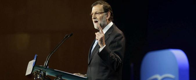 """Spagna, Partito Popolare tra scandali e arresti. Malumori nel partito: """"Corruzione ci uccide, ora Mariano Rajoy si dimetta"""""""