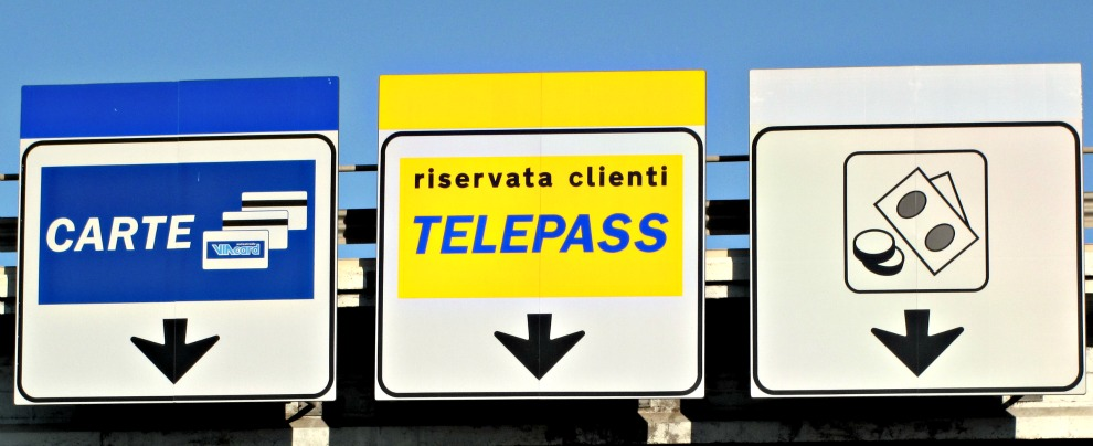 Telepass europeo, arriva il dispositivo unico per pagare il pedaggio in più paesi