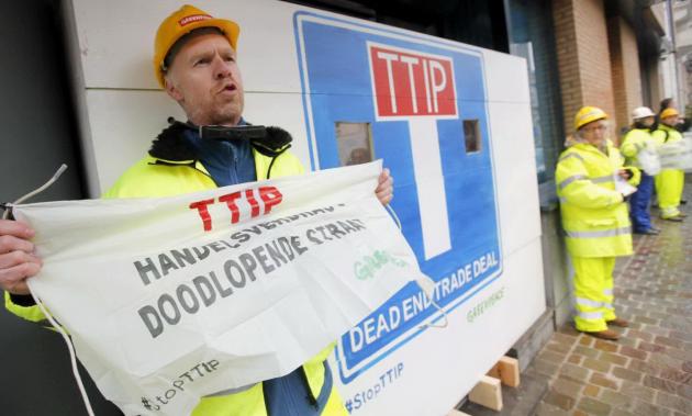 Ttip, dodicesimo round a Bruxelles. Le proteste di Greenpeace (10)
