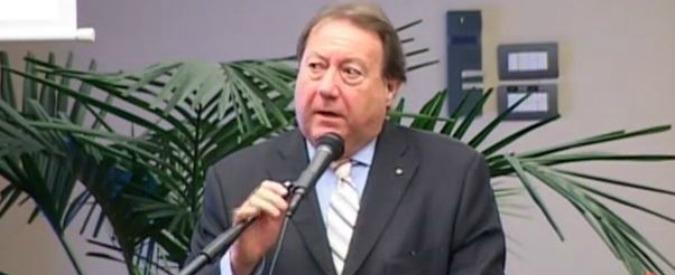 """Rifiuti Livorno, indagato ex assessore Pd: """"Agevolò transazione azienda-creditore"""""""