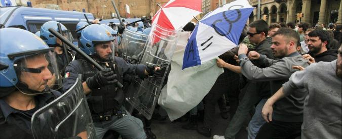 Bologna, per gli attivisti che contestarono Renzi pene fino a 45mila euro