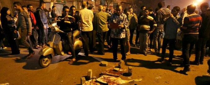 Il Cairo, poliziotto uccide tassista. Centinaia di manifestanti in piazza
