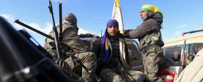 """Siria, curdi: """"Pronti a dichiarare regione autonoma nel nord"""". No di Damasco e Turchia"""