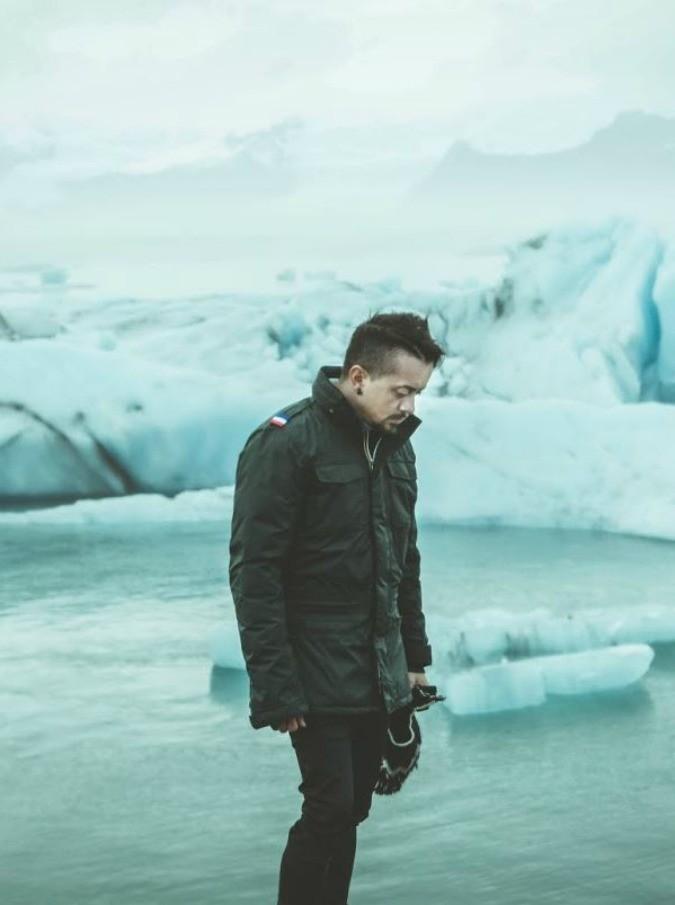 L'Islanda raccontata in musica: meraviglia e inquietudine, ai piedi del ghiacciaio Vatnajökull. Il video diario di Dardust