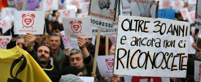 Unioni civili, tre petizioni su Change.org per l'approvazione del ddl Cirinnà