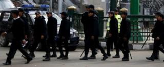"""Egitto, le testimonianze: """"Torture nelle carceri di al-Sisi. Elettroshock e abusi sessuali"""". Hrw: """"Peggio di Mubarak"""""""
